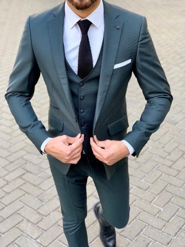 Стильный костюм-тройка зеленого цвета.  Арт.:4-1056-3