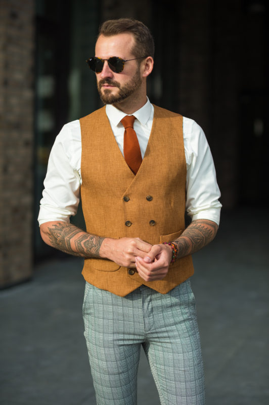 Мужская жилетка терракотового цвета. Арт.:3-1025-3