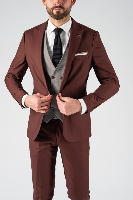Мужской костюм-тройка коричневого цвета. Арт.:4-1217-3