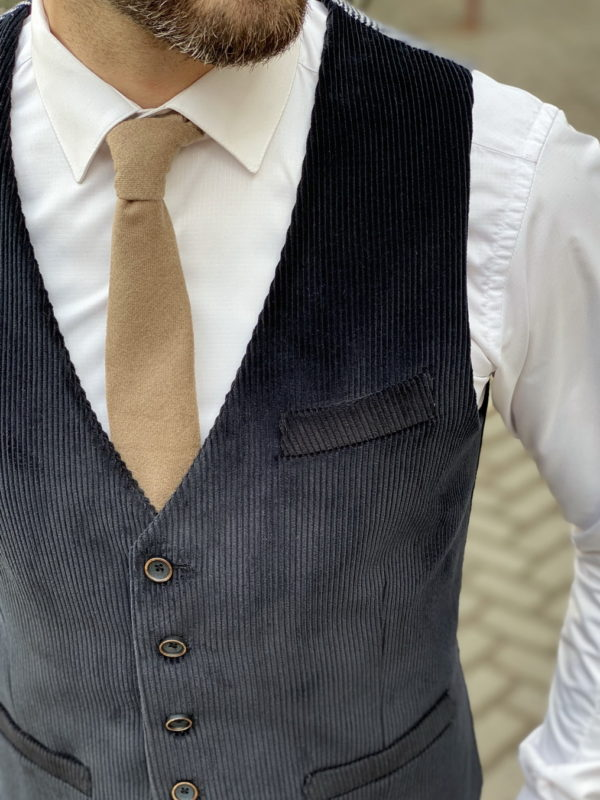 Мужской вельветовый жилет черного цвета. Арт.:3-1255-3