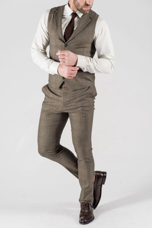 Мужской костюм-двойка коричневого цвета. Арт.:4-1339-10