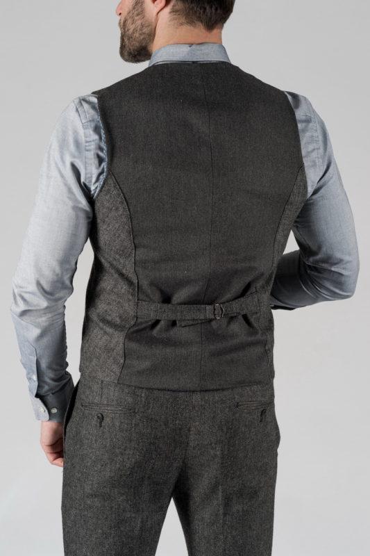 Комплект из жилета и брюк в сером цвете. Арт.: 4-1327-10
