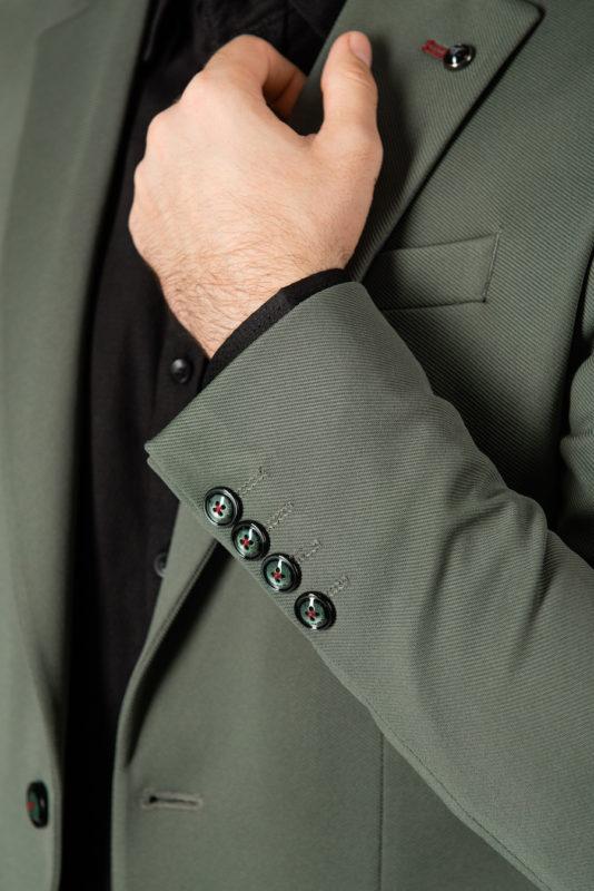 Мужской приталенный пиджак зеленого цвета. Арт.:2-1406-5