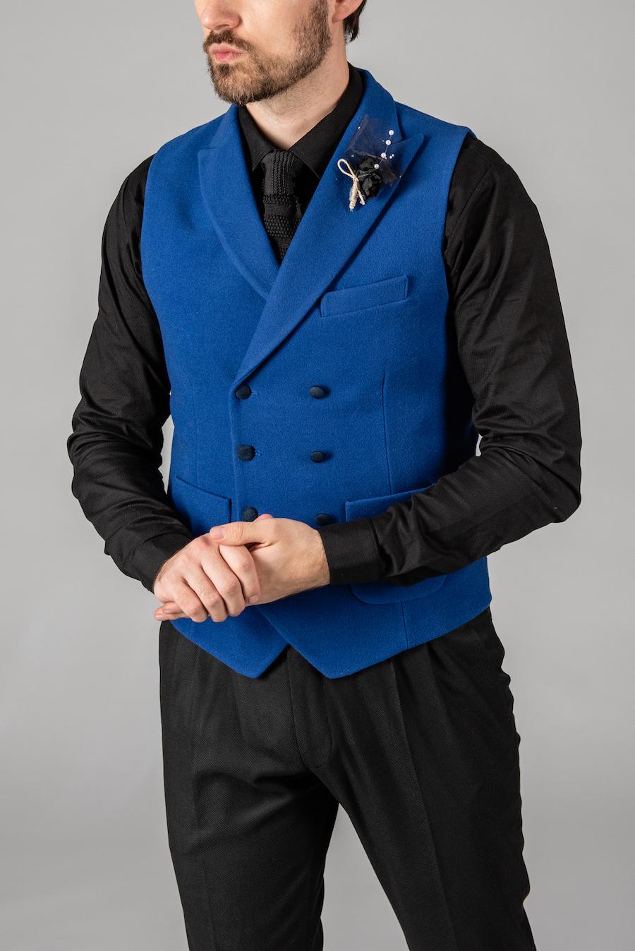 Стильный жилет насыщенного синего цвета. Арт.: 3-1428-3