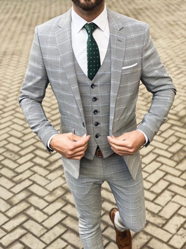 Серый мужской костюм-тройка в клетку. Арт.: 4-1467-3