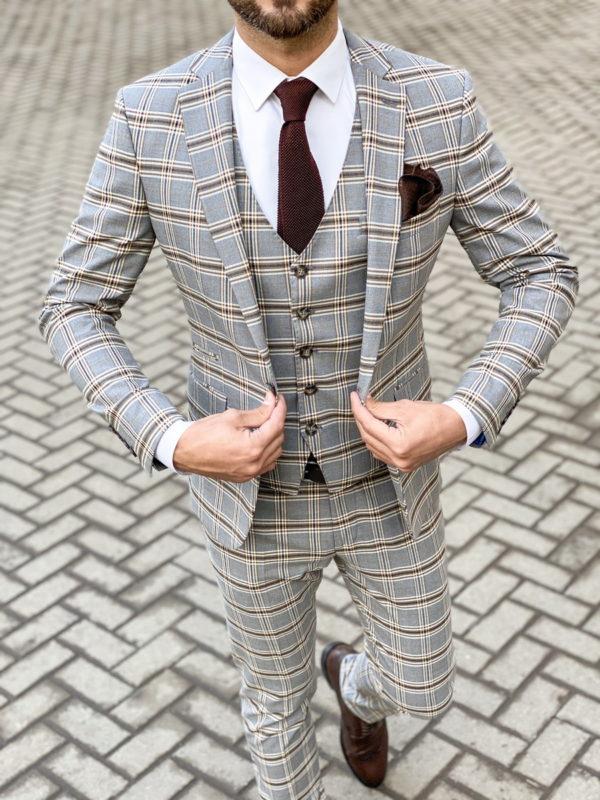 Элегантный серый костюм-тройка в клетку. Арт.: 4-1469-3