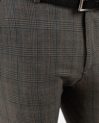 Мужские брюки коричневого цвета в чёрную клетку. Арт.:6-1875-3