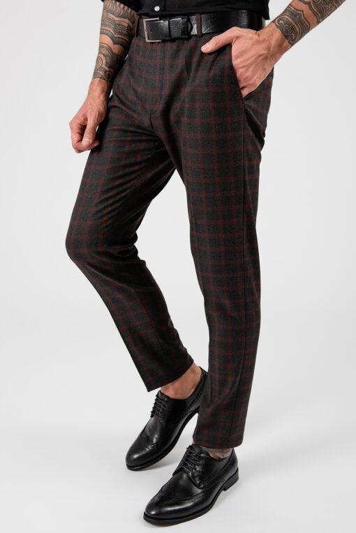 Темные мужские брюки в крупную бордовую клетку. Арт.:6-1876-3