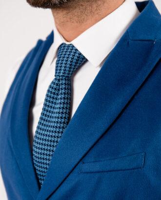 Мужской жилет яркого синего цвета. Арт.:3-1906-3