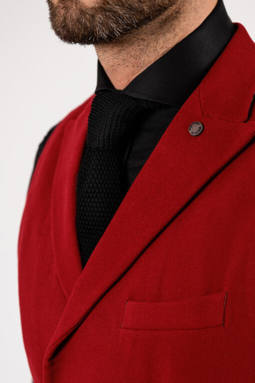 Стильный жилет красного цвета. Арт.:3-1915-3