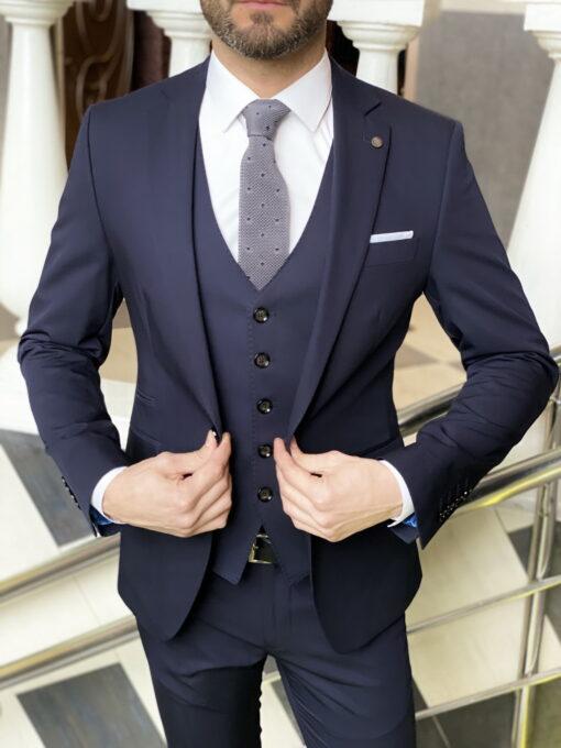Приталенный мужской костюм-тройка синего цвета. Арт.:4-1971-3