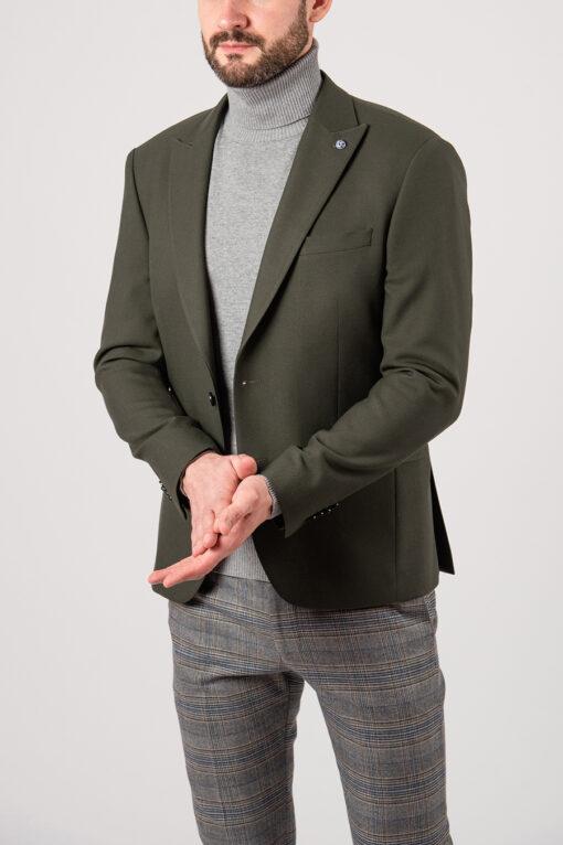Мужской приталенный пиджак зелёного цвета. Арт.:2-2133-8