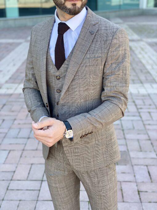 Мужской коричневый костюм-тройка в клетку. Арт.: 4-2250-3