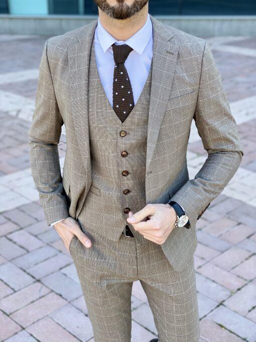 Коричневый мужской костюм-тройка в клетку. Арт.: 4-2253-3