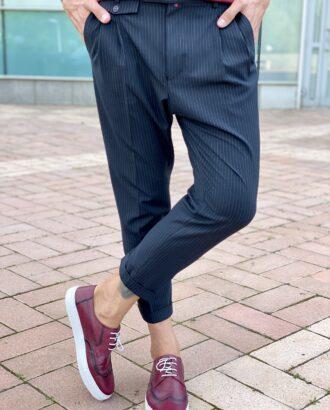 Мужские стильные брюки черного цвета, с защипами. Арт.: 2480