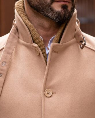 Стильное бежевое пальто с воротником-стойкой. Арт.: 2581